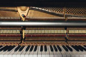 Self-teaching how to play the piano